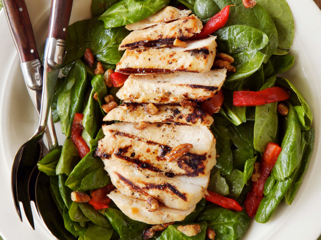 Grilled chicken spinach salad